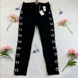 NWT Good American Good Waist grommet black jean